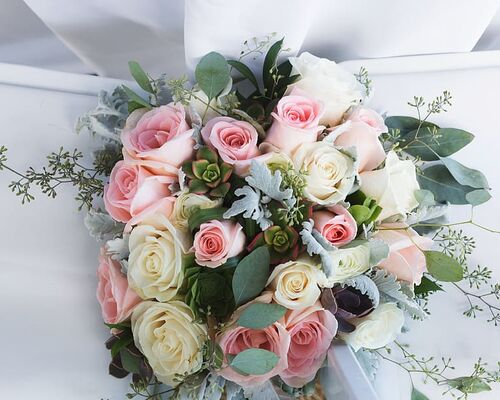 flowers-valentines-day-rose-bouquet
